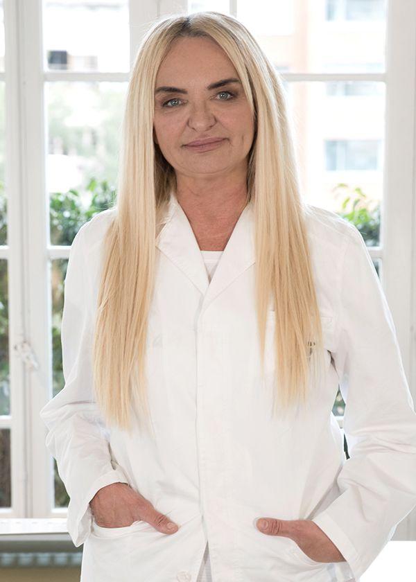 Dra. Elisabet Pla