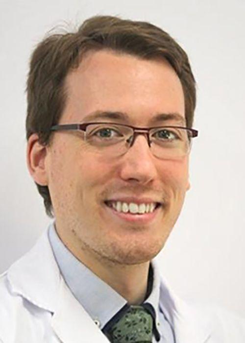 dr alejandro mazarro